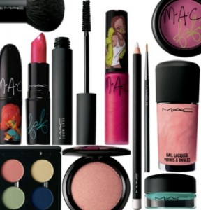 makeup products 3 288x300 The Best Makeup Kit from Your Favorite Brands