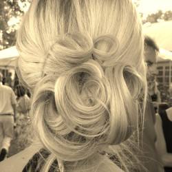 romantic-updo