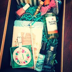 DIY-Bridesmaids-Box