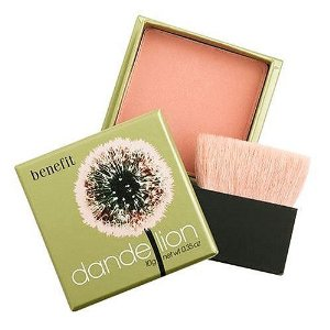 benefit-cosmetics-dandelion-face-powder