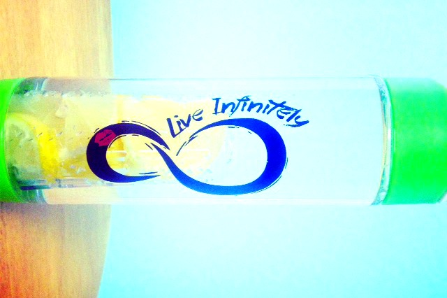 Fruit-Fusion-Water-Bottl-Live-Infinitely