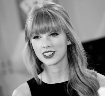 Taylor-Swift-Full-Bangs