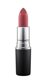 caitlyn-jenner-mac-lipstick-finally-free