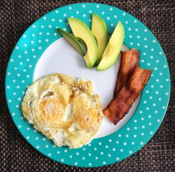 avocado-eggs-bacon-keto-breakfast